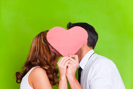 Cinco síntomas físicos de enamoramiento